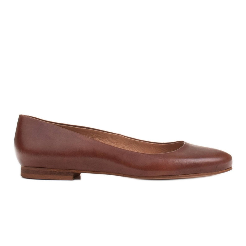 Marco Shoes Ballerines en cuir grainé marron, polies à la main brun