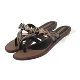 Ipanema Tongs chaussures pour femmes avec des pierres Grendha brun