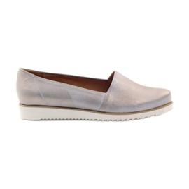 Chaussures pour femmes Badura beiges et dorées