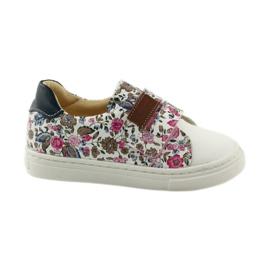 Chaussures de filles pour les fleurs Bartuś