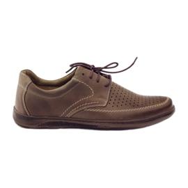 Brun Chaussures Riko pour hommes avec chaussures perforées 848