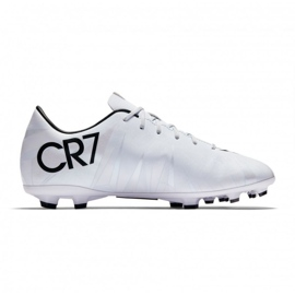 Chaussures de foot Nike Mercurial Victory Vi CR7 Fg Jr 852489-401 blanc