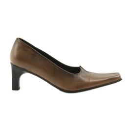 Escarpins en cuir brun