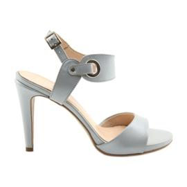 Sandales en cuir sur une épingle Edeo 3208 gris