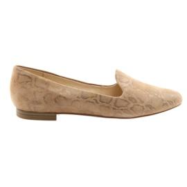 Brun Ballerines Lordsy en cuir pour femmes Caprice 24203 beige