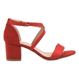 Seastar rouge Sandales En Daim Sur Un Bar