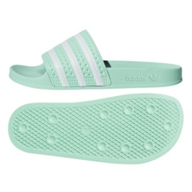 Tongs Adidas Originals Adilette en CG6538 vert
