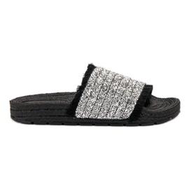 Pantoufles VICES confortables noir