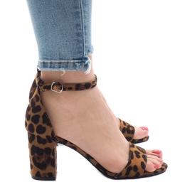 Sandales à cinq talons léopard 5102