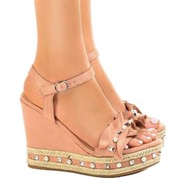 Sandales roses sur perles compensées 2445