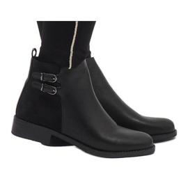 Ideal Shoes Bottes C-7200 élégantes noires