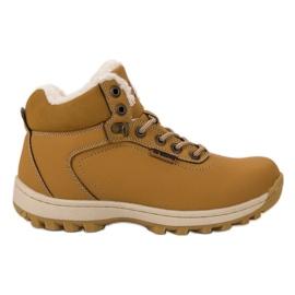 Ax Boxing jaune Chaussures de trekking isolées