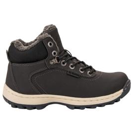 Ax Boxing gris Chaussures de trekking isolées