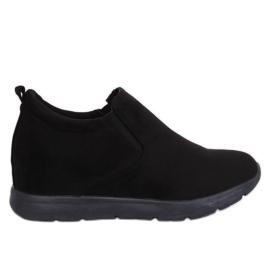 Chaussures sur un talon compensé noir ZY-7K67 Noir