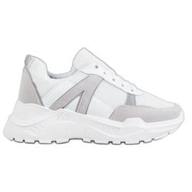 SHELOVET Chaussures liées sur la plate-forme blanc