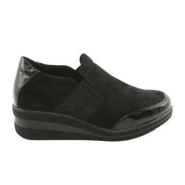 Chaussures noires sur le coin Sergio Leone 225