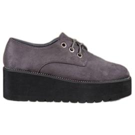SHELOVET gris Chaussures en daim sur la plateforme