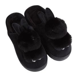 Pantoufles femme noire MA01 noire