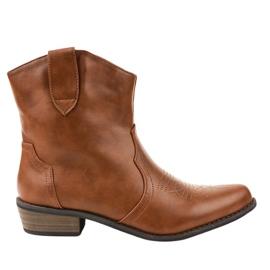 Bottes marron sur les bottes de cowboy 928-1 brun