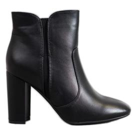 Super Mode Bottes noires avec cuir écologique