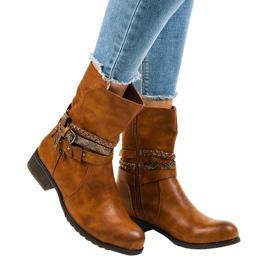 4440 bottes plates et isolées marron brun