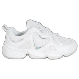 Kylie Baskets blanches élégantes