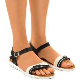 Sandales plates noires pour femmes G-513-01