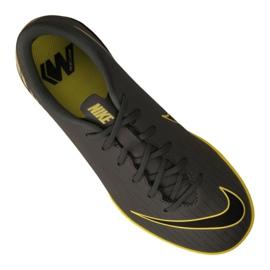 Chaussures d'intérieur Nike Jr VaporX 12 Academy Gs Ic Jr AJ3101-070 gris gris / argent 3
