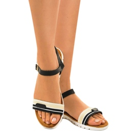 Sandales plates noires pour femmes G-513-01 3