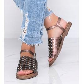 Sandales marron métallisées à clous Luxy brun 2