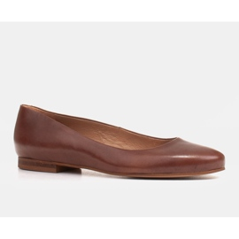 Marco Shoes Ballerines en cuir grainé marron, polies à la main brun 1