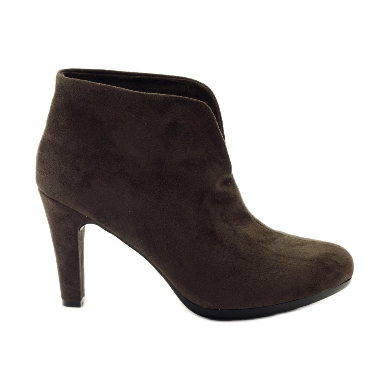 Chaussures pour femmes brunes Hengst 214702
